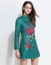 Load image into Gallery viewer, Comino Couture Green Oriental Rose Dress *WAS £150*