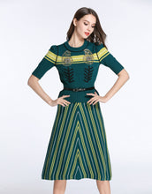 Load image into Gallery viewer, Comino Couture emerald oak knitted two-piece set *WAS £220*