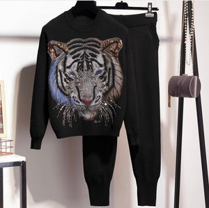 Tigers eyes black knitted set