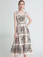 Load image into Gallery viewer, Flowers all round strappy maxi dress
