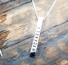 Load image into Gallery viewer, Favori Sterling Silver Bar Pendant