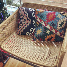 Load image into Gallery viewer, KILIM Throw Pillows