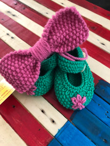 Hand Knit Baby Shoes & Headband