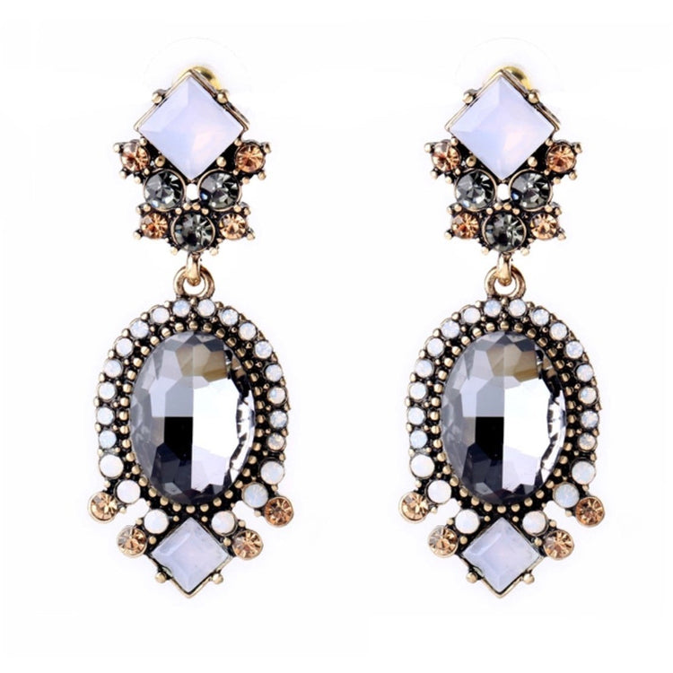Medium Bling Earring 048