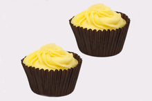 Load image into Gallery viewer, 2 Lemon Cup Cakes