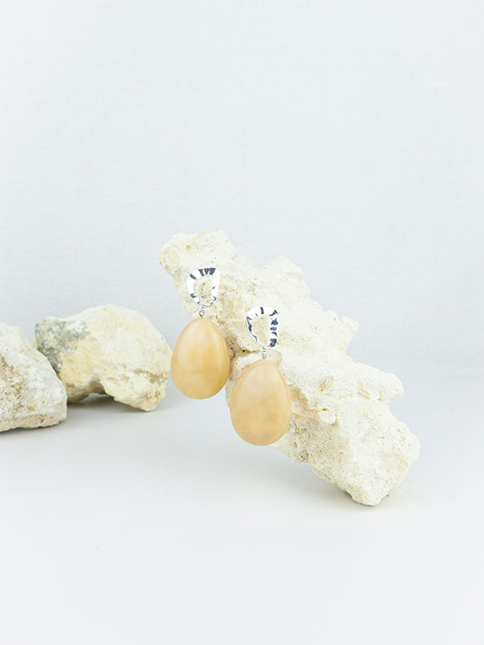 Beige handmade shell ear post tear drop statement dangling earrings