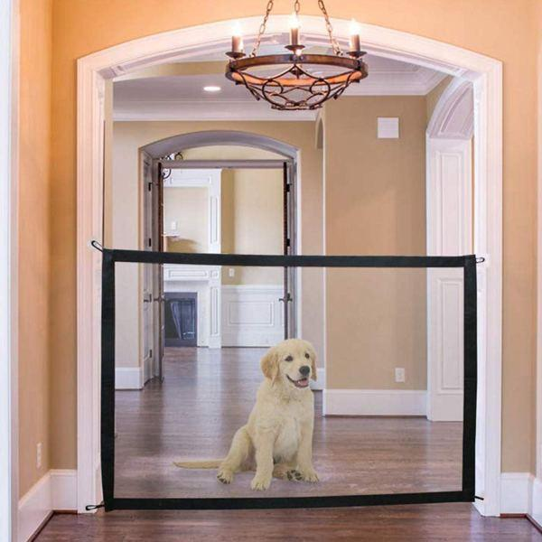 Magic-Mesh-Gate-for-Pets