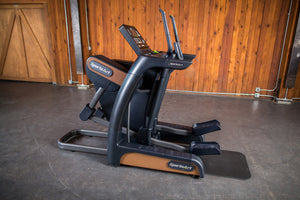 SportsArt V886 VERSO STATUS ECO-Natural Self-Generating Cross Trainer