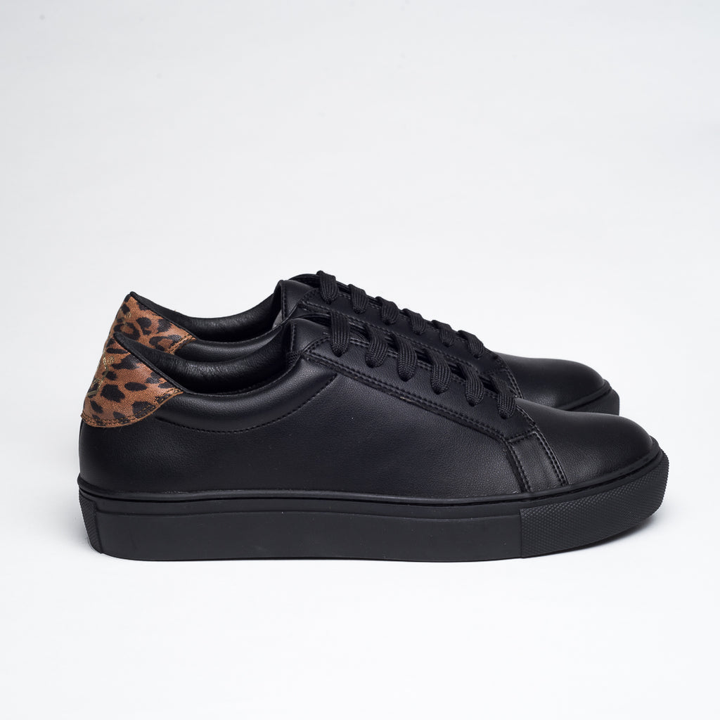 PERFECT BLACK ANIMAL PRINT  DRESSY SNEAKERS