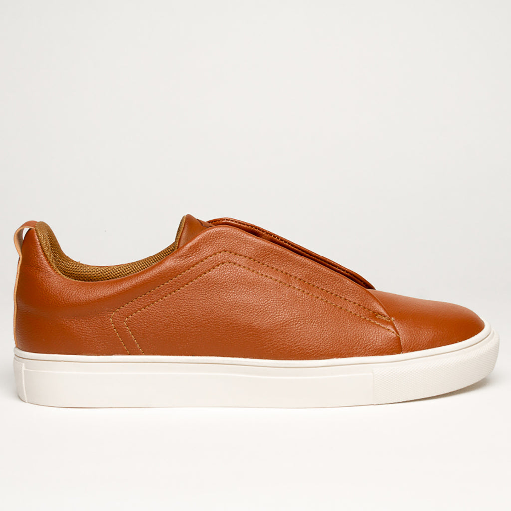 TAN B/TWO HELIUM SNEAKERS