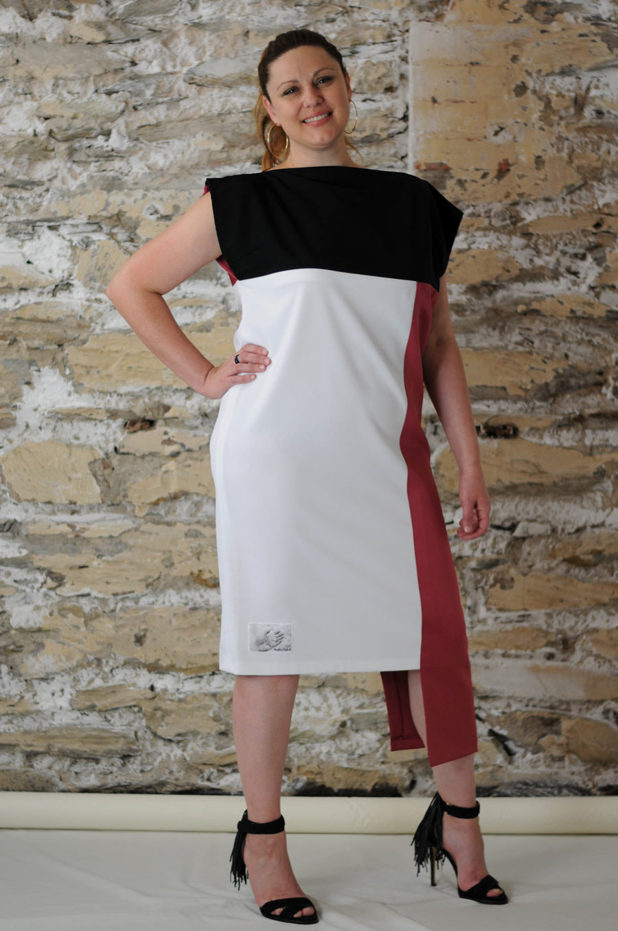 #MultiStyleDress white + red + black