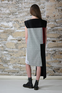 Back of smart-casual styled dress black&white check