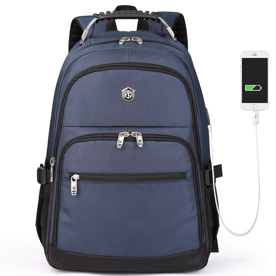 Strong backpack with metallic custom zippers