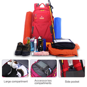 Breathable trekking bag with detachable airflow mesh board