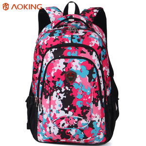 Backpack with independent computer layer
