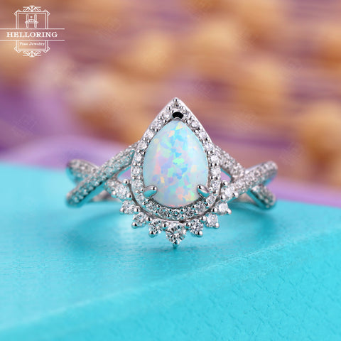 Engagement ring White gold Women Pear shaped Opal Halo diamonds Vintage Jewelry