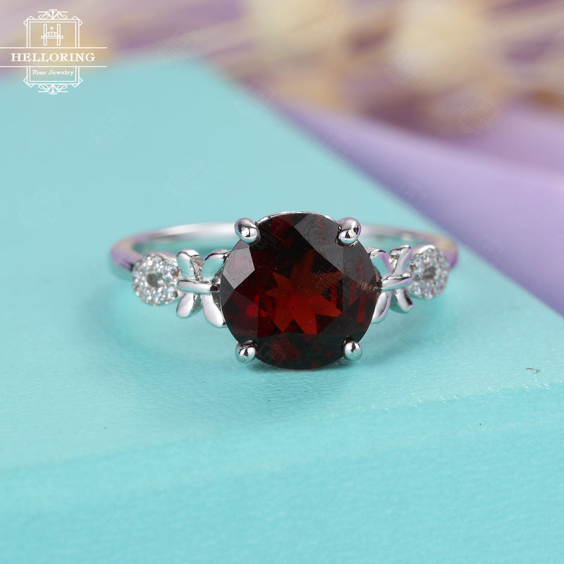 Vintage engagement ring Garnet engagement ring Women Wedding Diamond Antique Unique Birthstone Bridal set Jewelry Anniversary gift for her