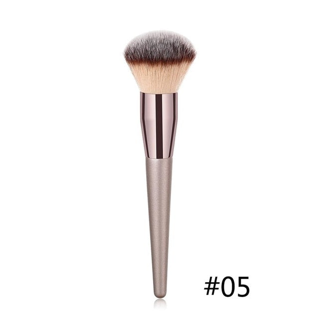 Nylon Handle Soft Face Brush Set - Discountgereation