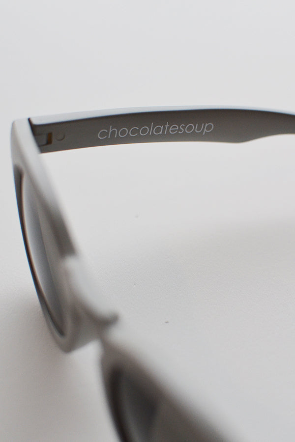 ChocolateSoup ROUND SUNGLASSE グレー
