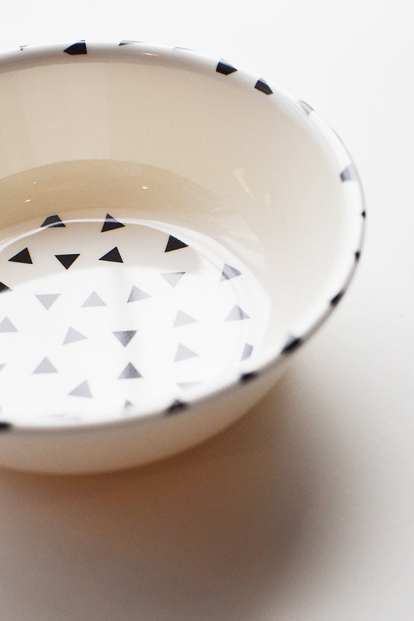 ChocolateSoup GEOMETRY MELAMINE BOWL triangle