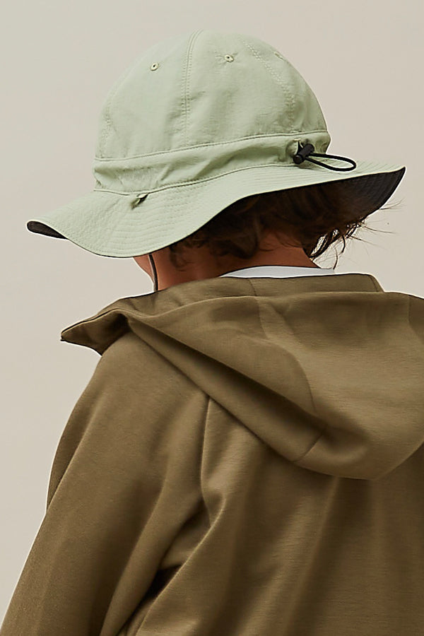 MOUN TEN. reversible adventure hat charcoal x khaki