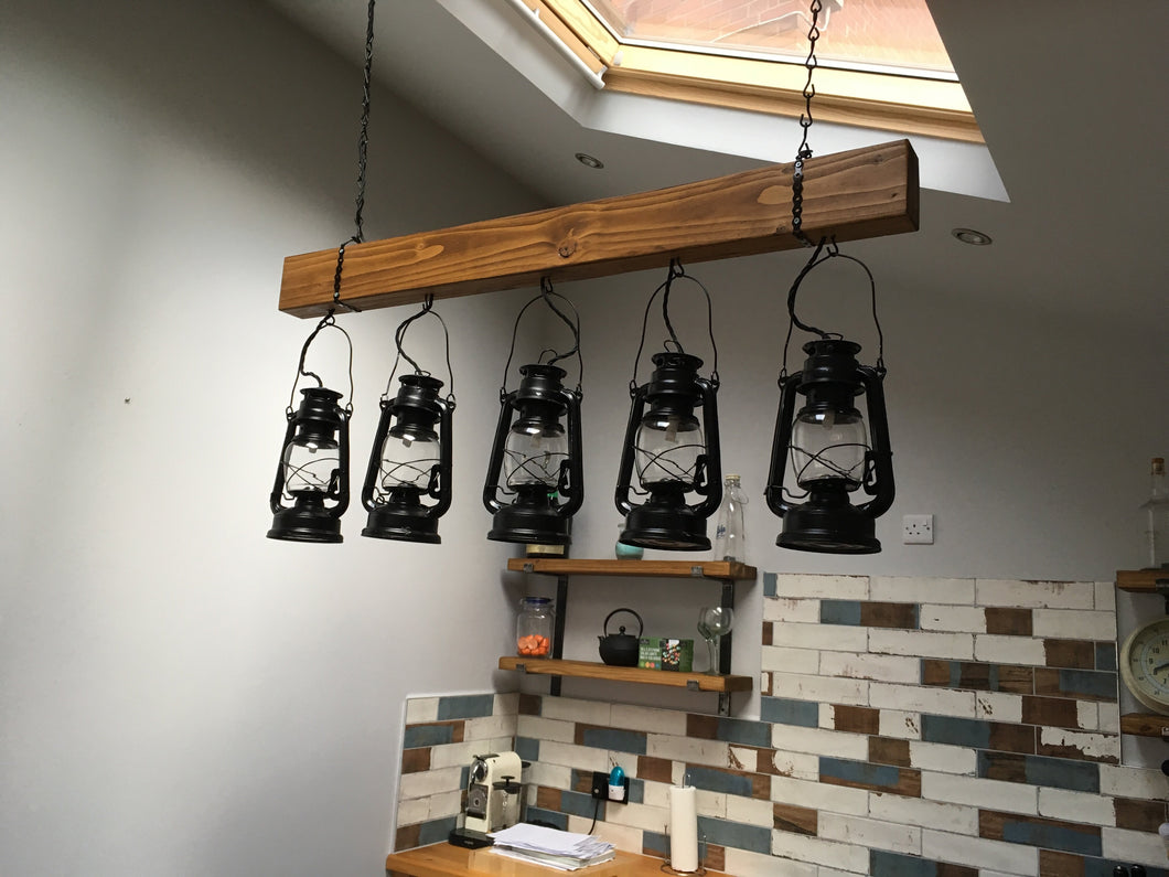 5 Hanging lantern light