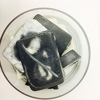 Shampoo bar (Activated charcoal + spearmint)