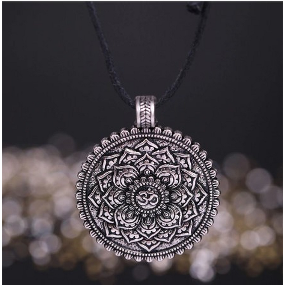 Viking Necklaces Flower of Life
