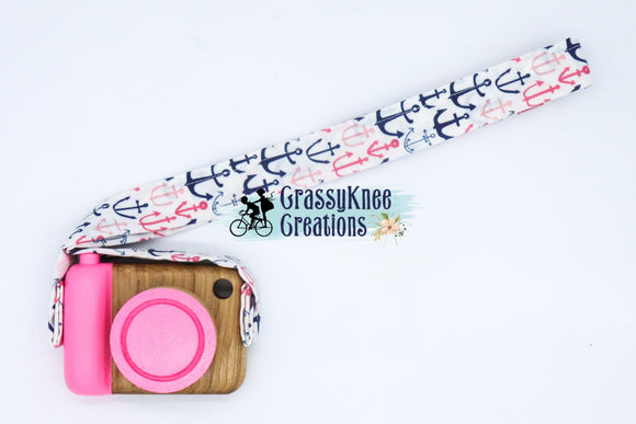 Limited Edition Pink Anchor Classic Cam