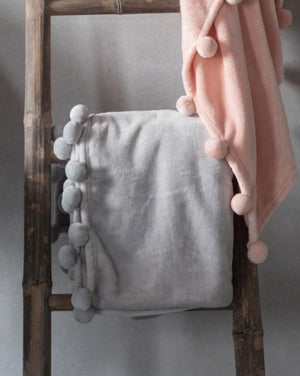 Lucinda Throw Grey