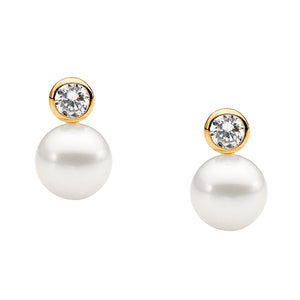7mm Freshwater Pearl Earrings w Bezel set Gold