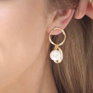 Pearl And Conch Earrings Gold