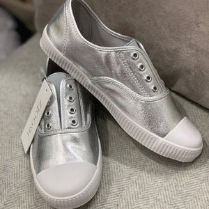 The Penny Plimsole Silver