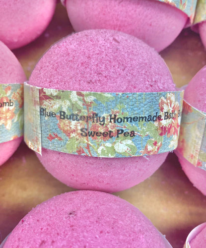 Sweet Pea Homemade Bath Bomb