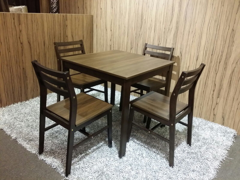 Lovy 4 Seater Dining Set