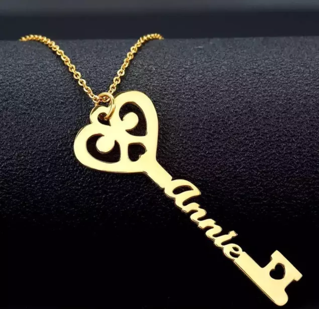 "Key to my heart ""Custom Name Necklace"""