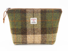 Load image into Gallery viewer, Harris Tweed Large Zipper Pouch