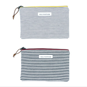 Signature Stripes Medium Zipper Pouch