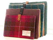 Load image into Gallery viewer, Harris Tweed Laptop/Tablet Sleeve