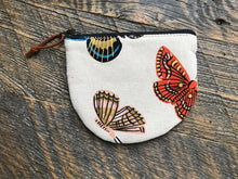 Load image into Gallery viewer, Rifle Paper Co. Curved Coin Purse
