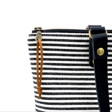 Load image into Gallery viewer, Signature Stripes Zipper Top Tote