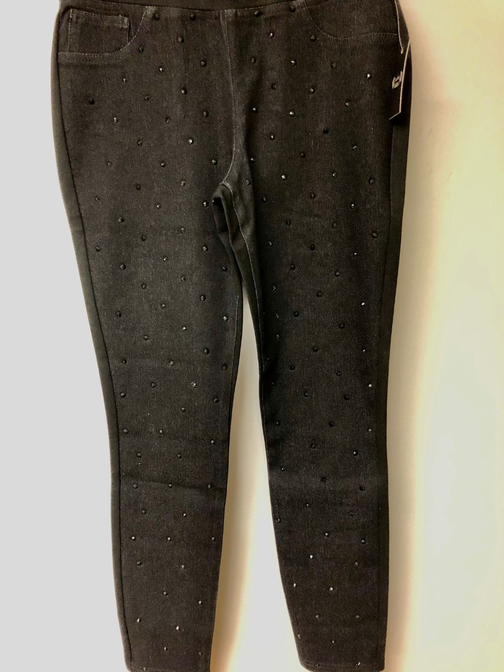 AZI BONNIE SCATTERED BLK STONE FRONT PULL ON PANT