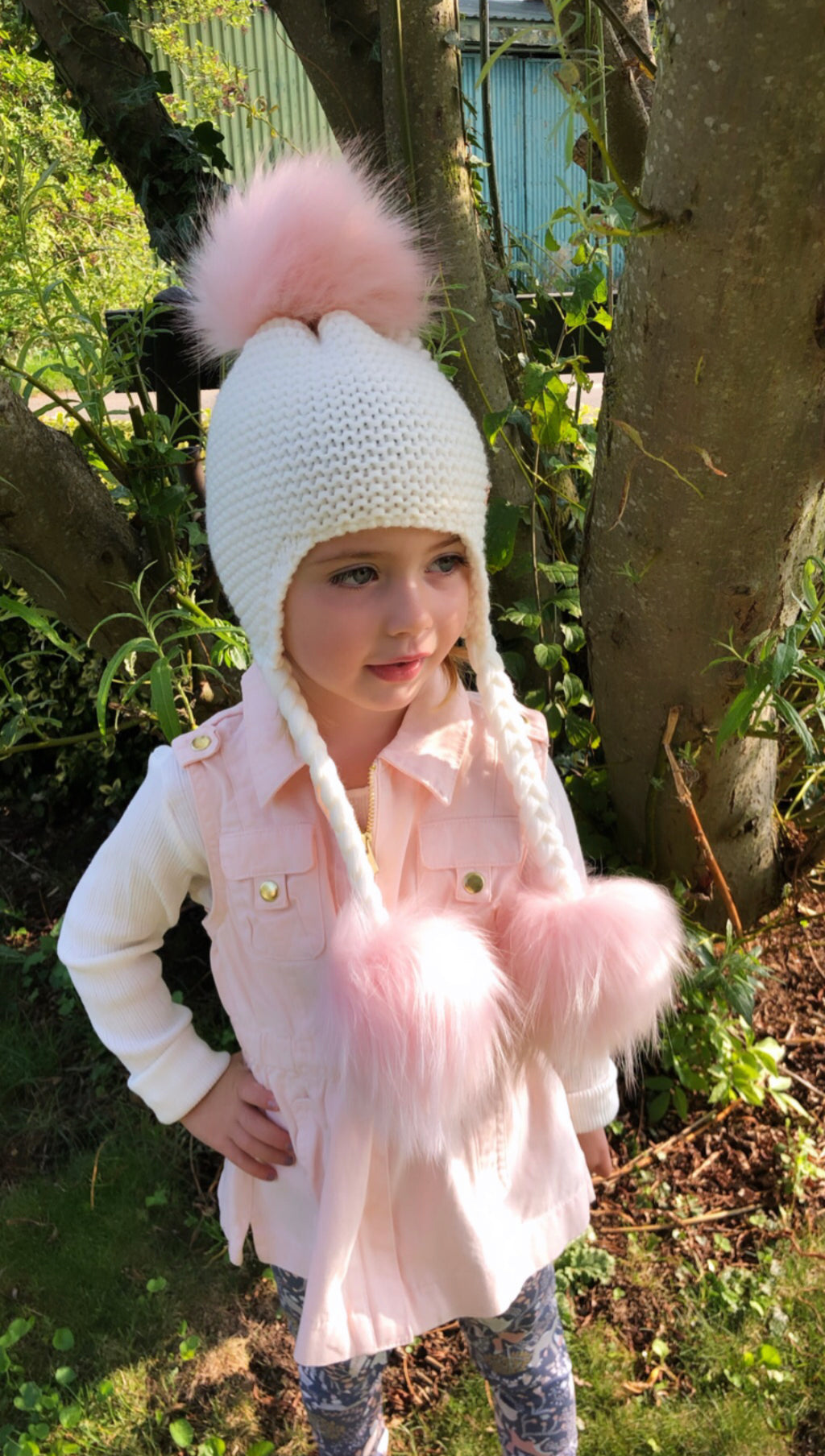 Triple Pom Pom Hat with Tassels- White & Pink