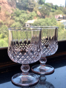 Wine goblets (set of 2)