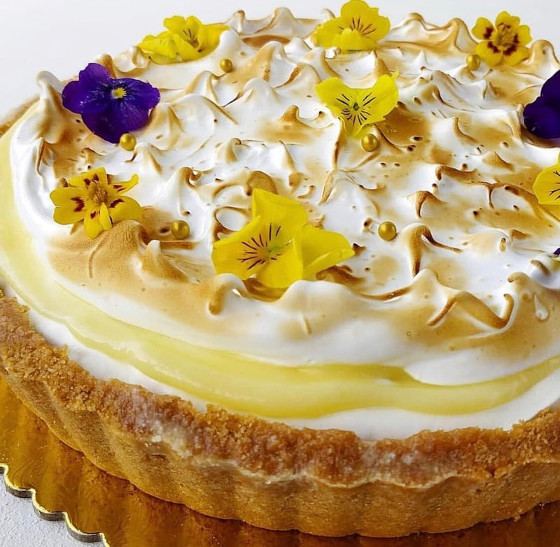 Torched meringue and lemon curd tart