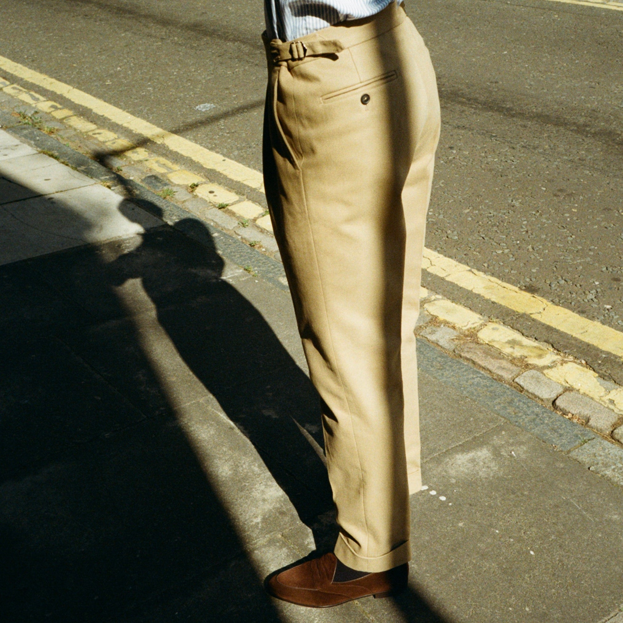 Single Pleat Trouser - Beige Cotton