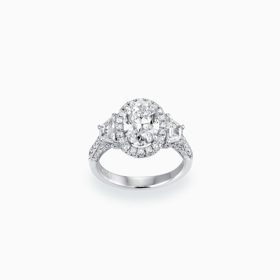 18K White Gold Oval Shaped Diamond Ring