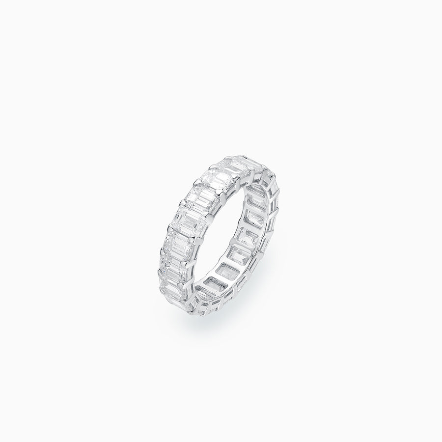 18K White Gold Emearld Cut Diamond Eternity Ring