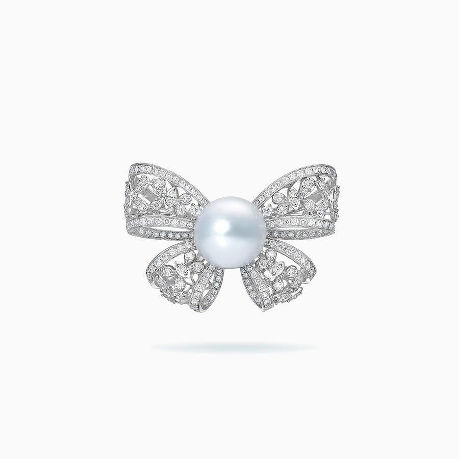 18K White Gold White South Sea Pearl Brooch