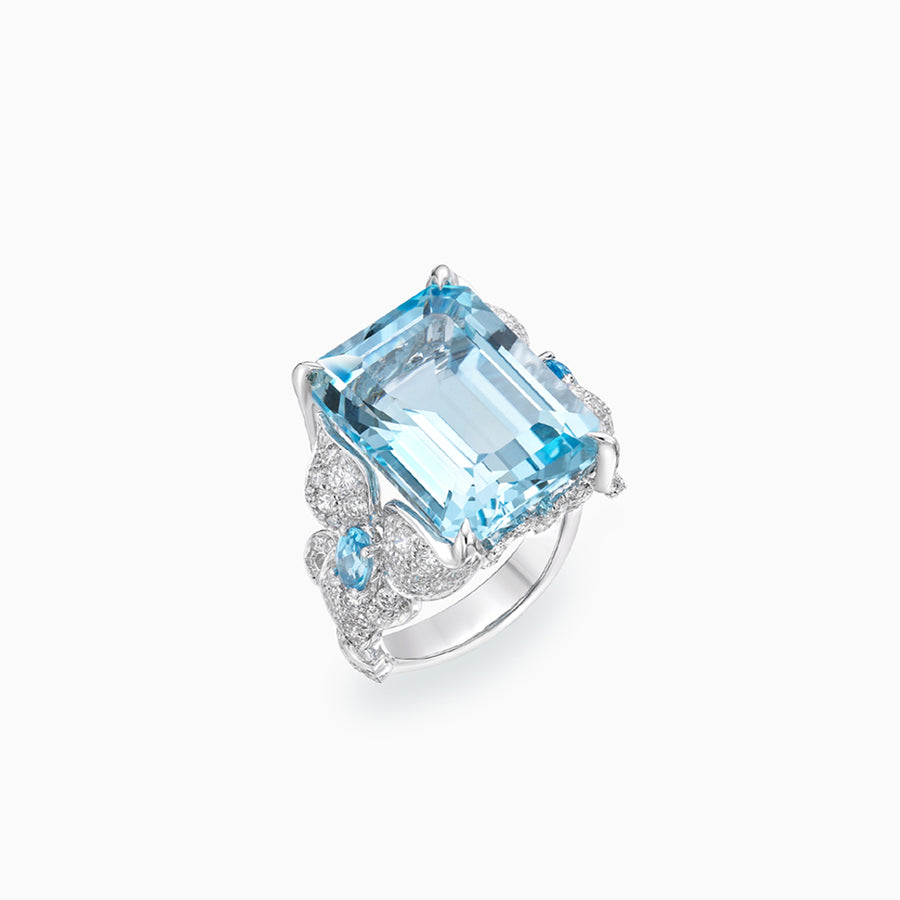 18K White Gold Topaz Ring